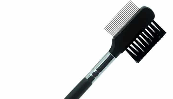 Cepillo de cejas
