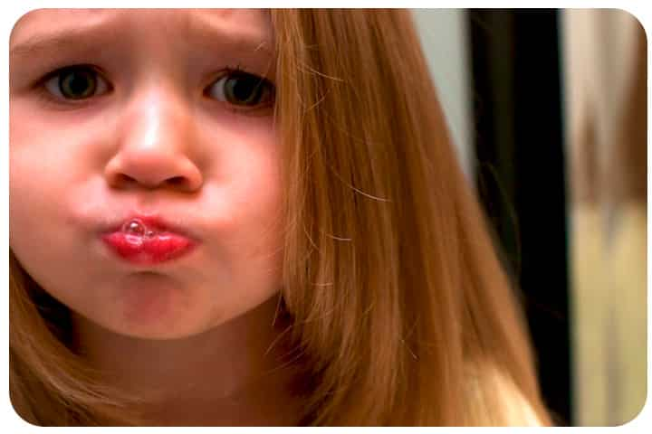 Enjuague bucal niña